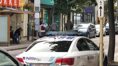 """Agent parkeert wagen op gehandicaptenplaats: """"Geen sirenes, geen zwaailichten. Dan moeten ook zij zich aan de wet houden"""""""
