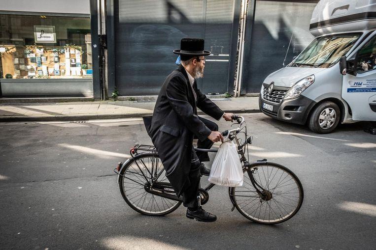 De joodse gemeenschap sloot in alle stilte een deal met de publiciteitsbedrijven.