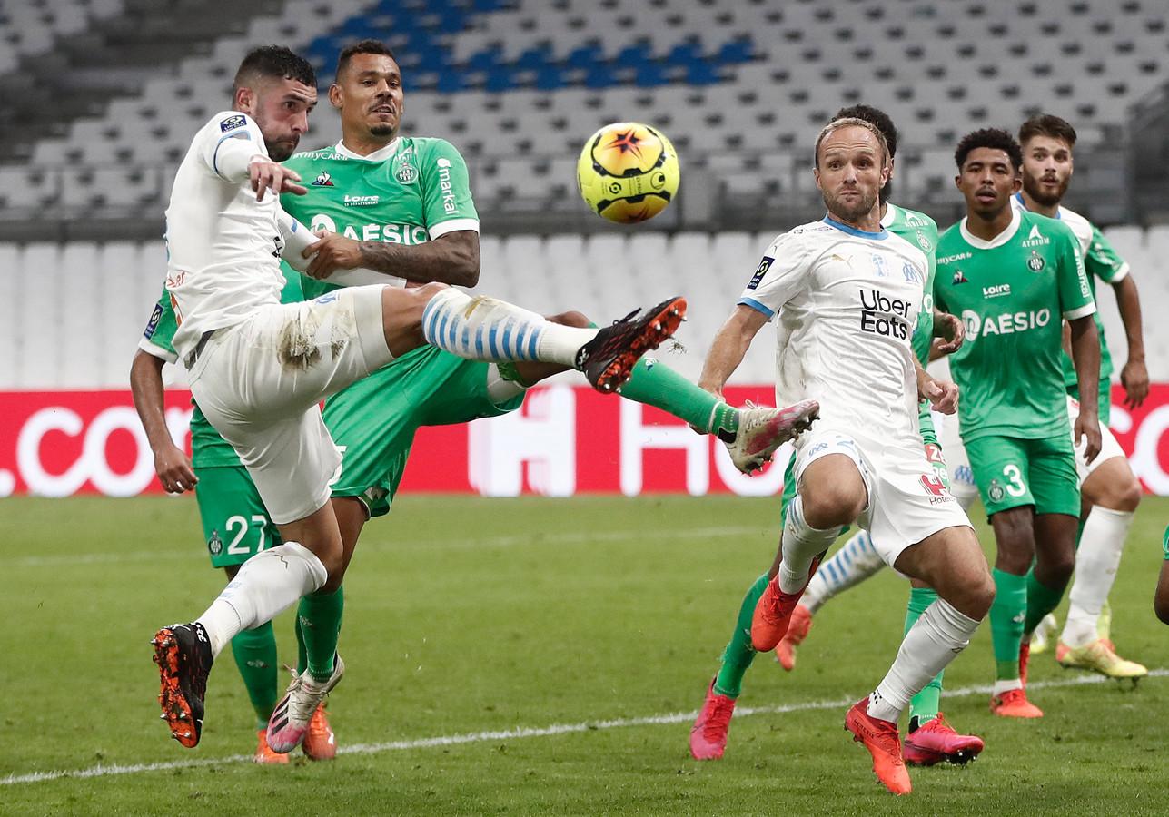 Álvaro González, zondag nog in de clinch met Neymar, in actie tegen Saint-Étienne.
