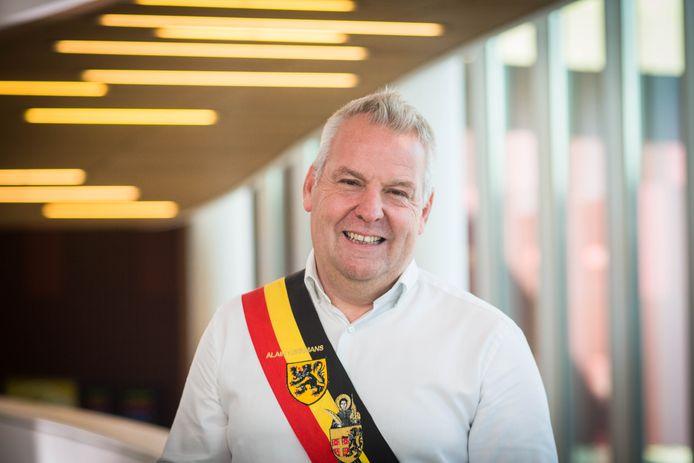 Burgemeester Alain Yzermans (Vooruit).