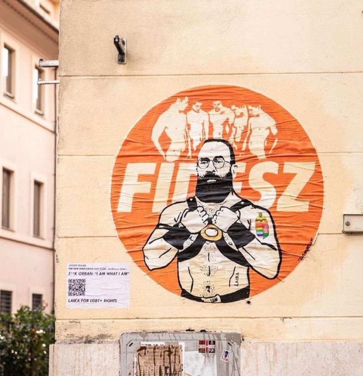 De muursticker in Rome Beeld Twitter