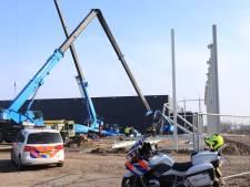 Kraan knakt doormidden: twee gewonden op Deurnese bouwplaats