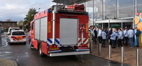 Winkelcentrum Sint Jacobslaan Nijmegen dicht vanwege brand in grote Albert Heijn