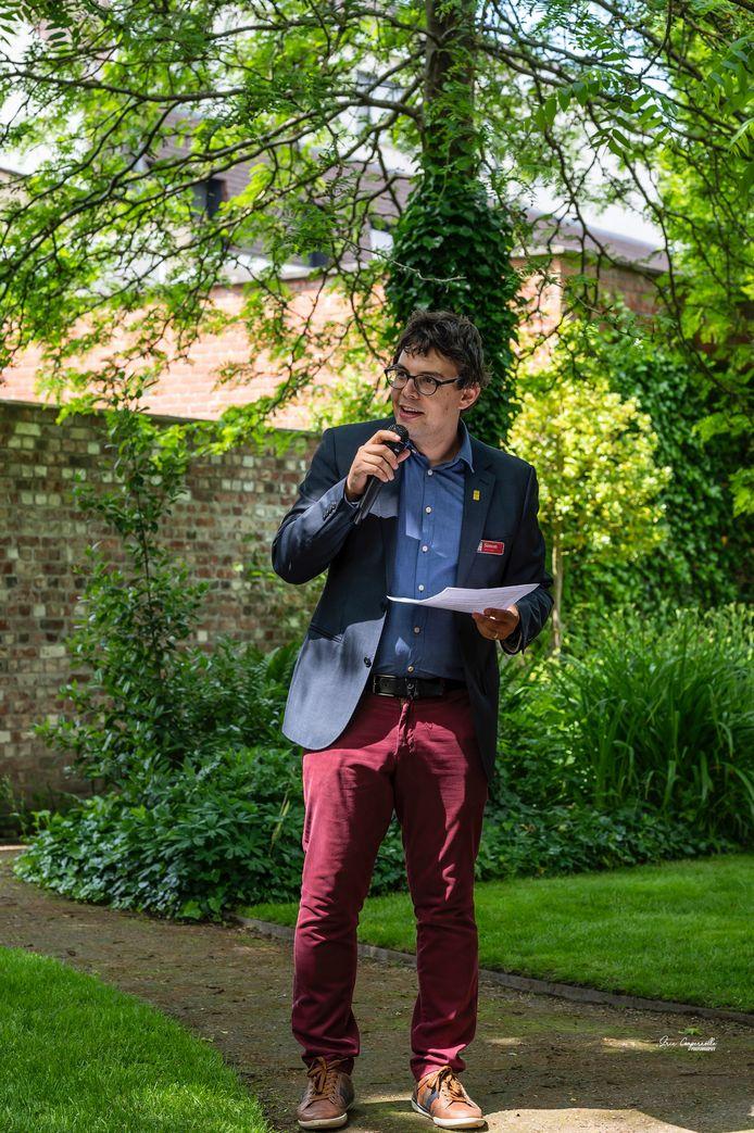 Manager Simon Louagie van het Talbot House tijdens de Garden Party.