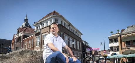 Mike Oude Remmerink stopt als raadslid in Oldenzaal: 'Ik heb gekozen voor de liefde'