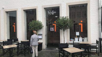 Dreun voor winkelcomplex Zilverpand: populaire koffiezaak Viva Sara legt boeken neer