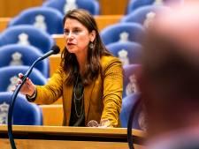 Waarom mag de KNVB een sponsor verbieden? D66-kamerlid stelt minister vragen over verboden sponsordeal FC Emmen en Easytoys
