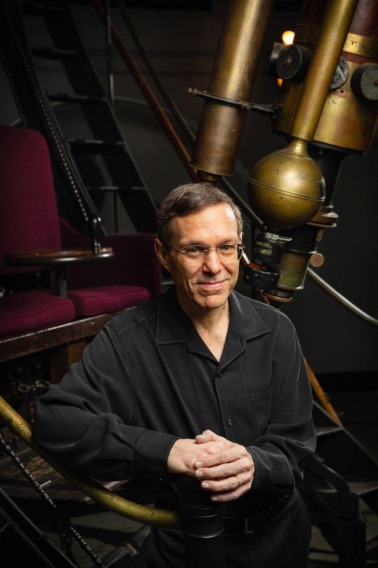 Avi Loeb: 'Mijn onderzoek naar zwarte gaten en het ontstaan van sterren werd ook eerst als nonsens afgedaan.' Beeld JASON GROW