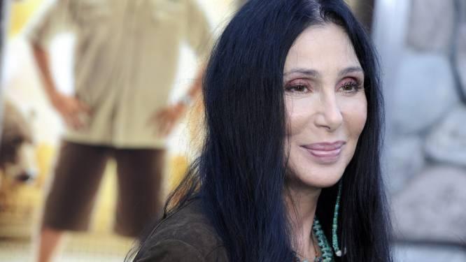 """Cher biedt excuses aan na ongepaste tweet over George Floyd: """"Het spijt me vreselijk als ik iemand van streek heb gemaakt"""""""