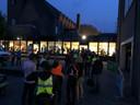 Een rij inschrijvers voor de start van de Kennedymars bij het TBL op zaterdagavond.