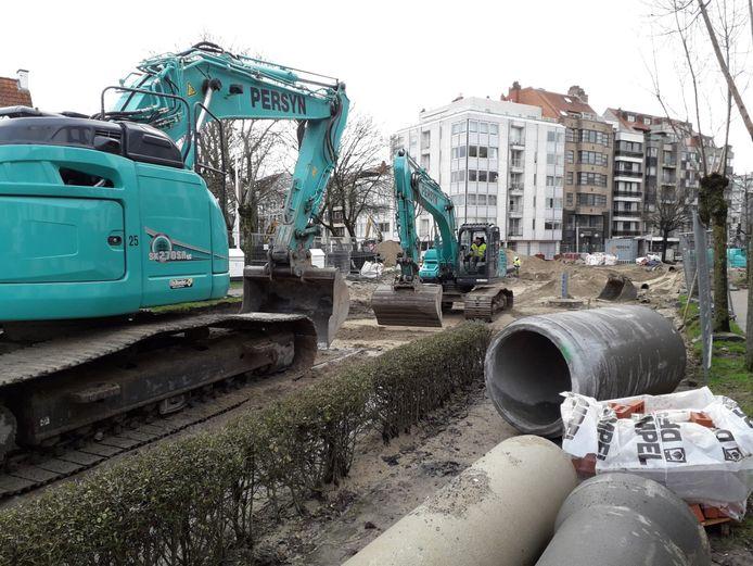 De werken aan het Burgemeester Frans Desmidtplein zijn volop bezig