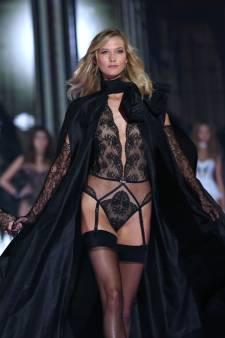 Pourquoi elle n'a, un jour, plus voulu défiler en lingerie: les aveux d'un ex-ange de Victoria's Secret