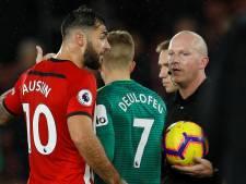 Charlie Austin over de rooie na afgekeurde goal Southampton