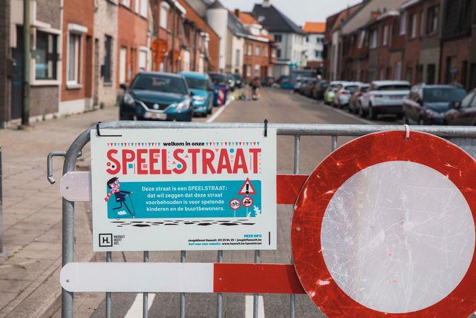 Elke jonge Hasselaar kon kiezen om zijn of haar straat voor één dag autovrij te maken.