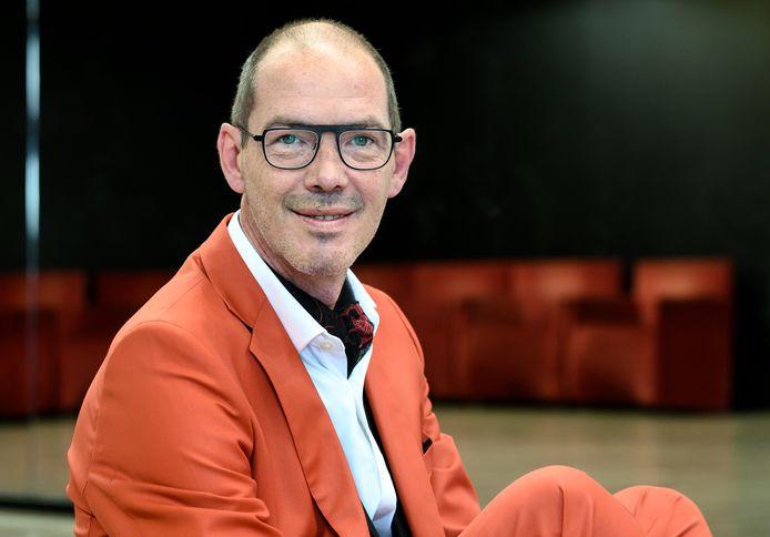 """Davy Brocatus, voorzitter Horeca Antwerpen: """"Zonder flexibele compensaties voor onze sector is énkel de terrassen openen niet te doen."""""""