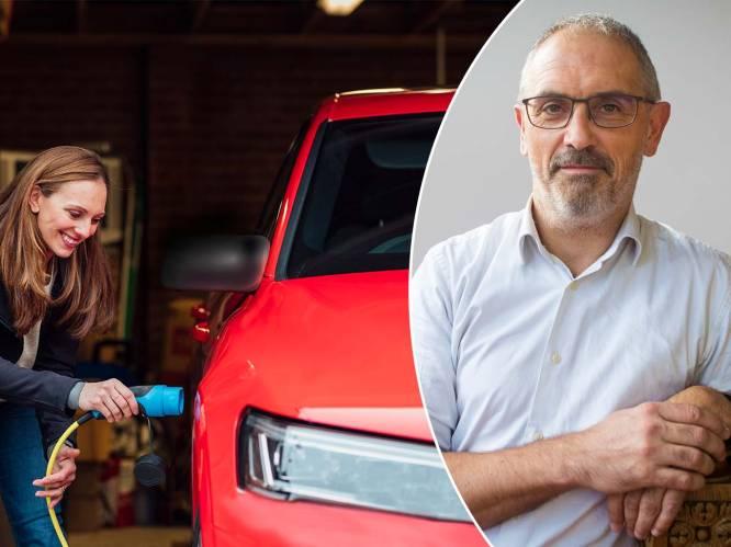 """""""Duurder in aankoop, voordeliger om mee te rijden"""": met deze fiscale voordelen moet je rekening houden als je een elektrische of hybride wagen wil"""