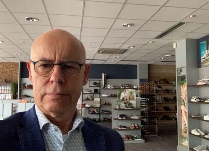 Bob van Scherrenburg heeft opnieuw een lege winkel door het onderhoud aan het elektriciteitsnetwerk.