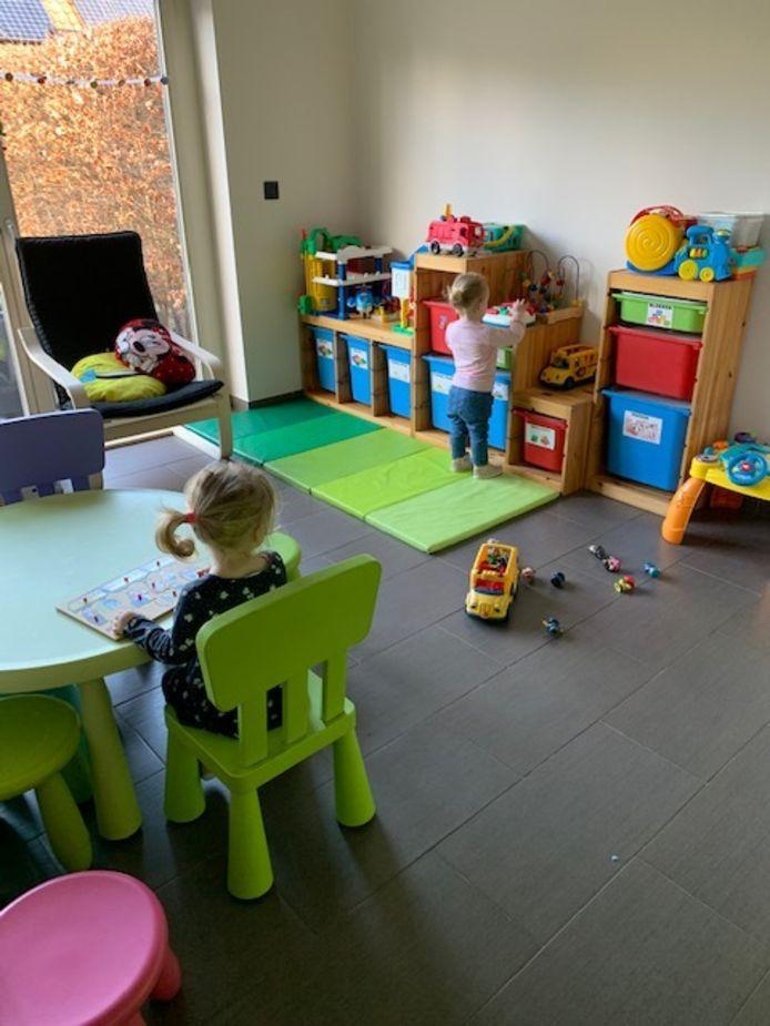 Bij onthaalmoeder Suzy Van Heertum in Oud-Turnhout zijn er een pak minder kinderen dan normaal.