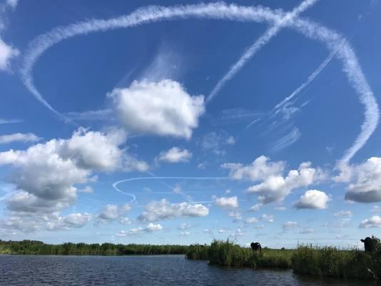 Nederland wat ben je mooi! Lekker dagje varen in Ilperveld en de prachtigste wolkenluchten gezien.