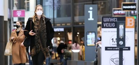 Bijna dagelijks mondkapjescontrole in de Barones: boetes, maar 'we zijn ook coulant'