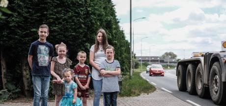 Duivense ouders strijden voor veilige route naar de speeltuin: 'Dat is toch niet te veel gevraagd?'