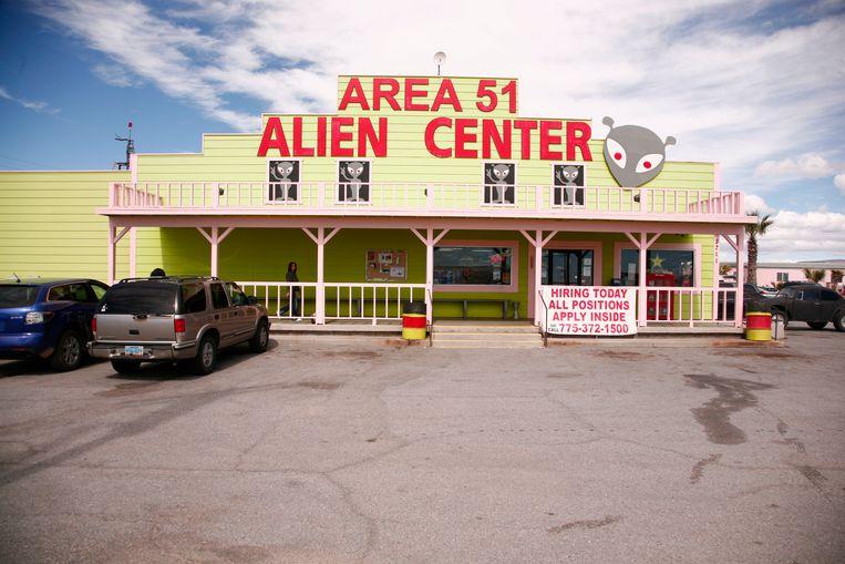 Het Area 51 Alien Center, waar de raid zou vertrekken.