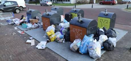 Enorme puinzooi door geblokkeerde en volle containers in Hengelo