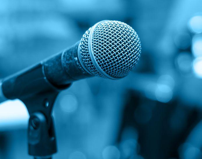 stockagenda stockfoto stockadr muziek zang zingen zanger concert optreden microfoon