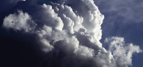 Tropische temperaturen boven de 30 met 'plaknachten' in Brabant, vanaf donderdag onweer en regen