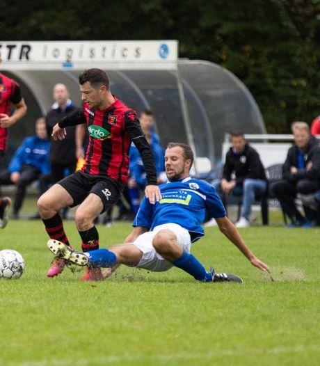 Zundert wint Zundertse derby tegen VVR, Victoria'03 paar maten te groot voor lerend Sprundel