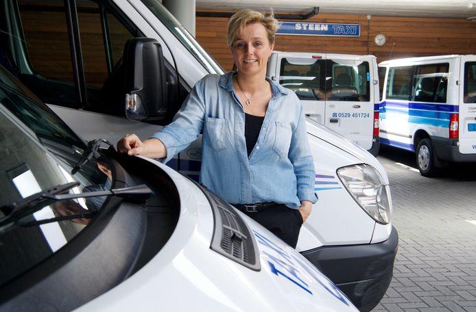 Diana Begeman, eigenaar van Taxi Steen, schreef een brief aan de gemeenteraad over de aanbesteding van het doelgroepenvervoer.