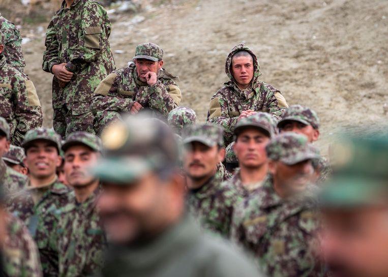 Afghaanse troepen nabij Kaboel. Beeld Photo News