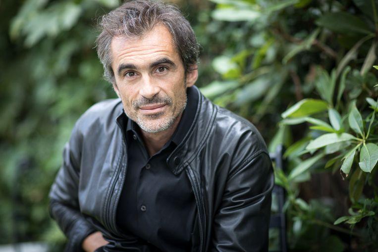 Raphaël Enthoven: 'We hebben de emotionele behoefte om iets graag te willen geloven. Sociale media geeft dit fenomeen  een boost.' Beeld BELGAIMAGE