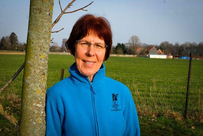 Chris Spinnael, de voorzitster van wandelclub De Morgenstond in Humbeek.