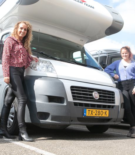 Drukke Hardenbergse camperbeurs in het verschiet: 'Ze gaan er net zo snel uit als ze binnenkomen'
