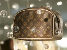 """Procureur vordert 2 jaar cel voor cannabisverkoper: """"De drugs zaten in z'n Louis Vuitton-tasje: hét statussymbool van de dealers"""""""