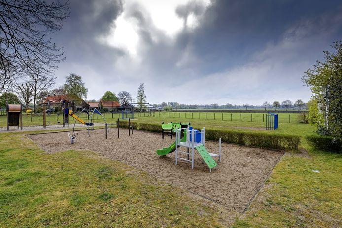 Het speelterrein blijft aan het Diepven in Middelrode.
