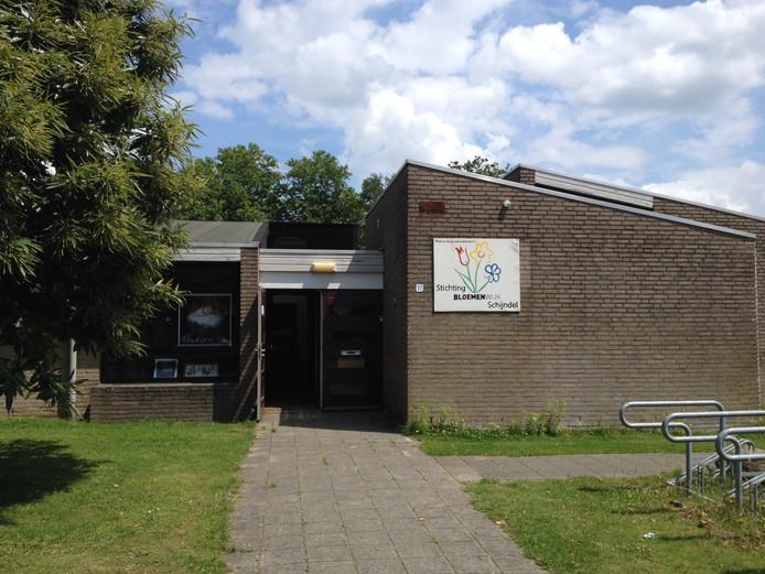 Het oude schoolgebouw aan de Papaverstraat in Schijndel dient tijdelijk als wijkgebouw.