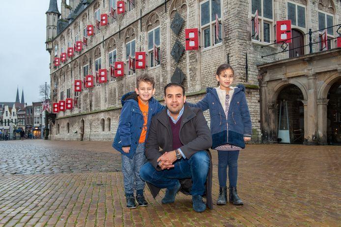 Gouda, Mohammed Mohandis met zoon en dochter