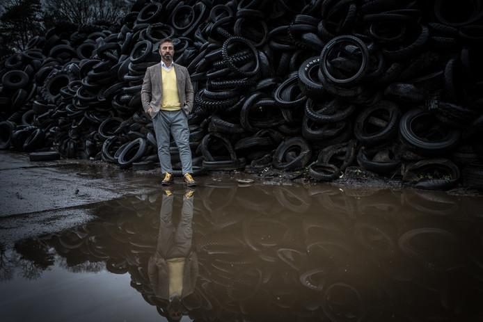 Johan Doornberg, directeur van Doornberg Recycling op het terrein van zijn huidige bedrijf in Almen.