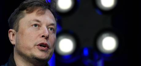 Waarde bitcoin fors onderuit door nieuws over Tesla en Musk