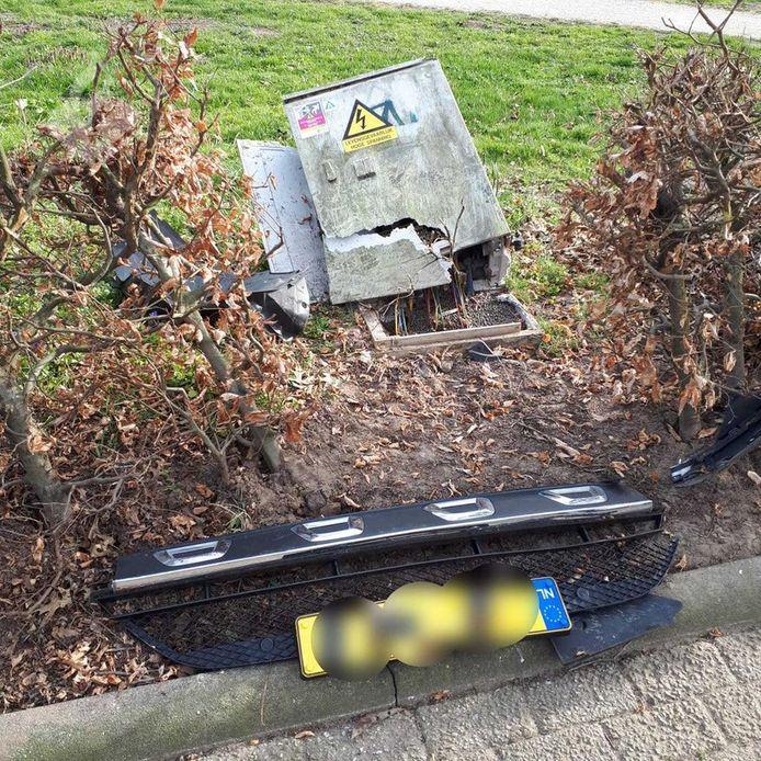 Eindhovenaar rjidt onder invloed tegen stroomkast in Sint-Oedenrode.