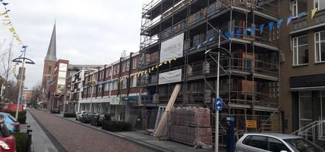Bezwaren tegen 'stiekeme' verbouwing van oude ING in Hengelo