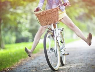 Zorgeloos fietsen in een rokje, het kan met dit gadget