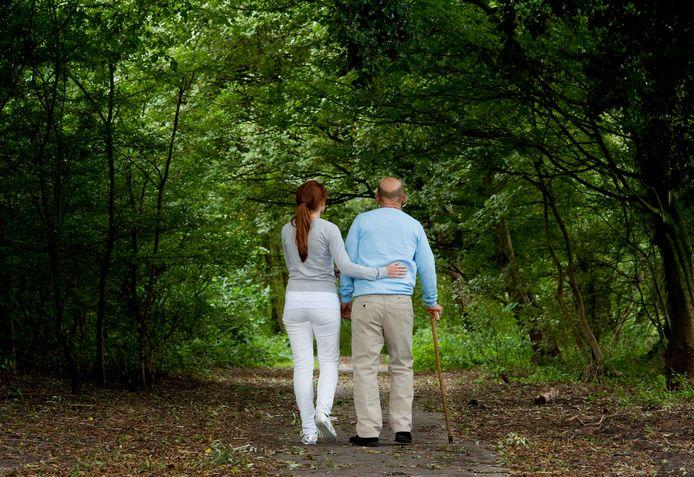Al wandelend praten over problemen is een nieuwe service van het Zelfregieteam Borne.