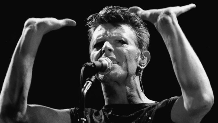 David Bowie bij een concert in Frankfürt in 1983. Beeld null
