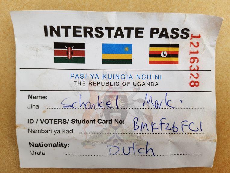 De nieuwe 'interstate pass' is een eenvoudig wit kaartje waarmee je zonder visum kunt reizen tussen Rwanda, Oeganda en Kenia.  Beeld
