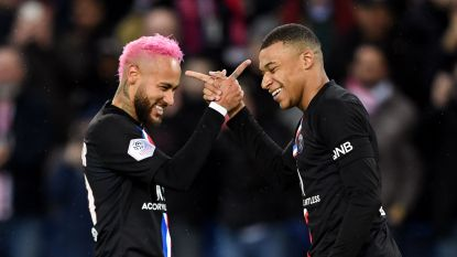 Neymar in het roze, Mbappé in de clinch met coach
