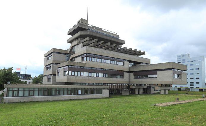 De RUD is gevestigd in het gemeentehuis van Terneuzen.