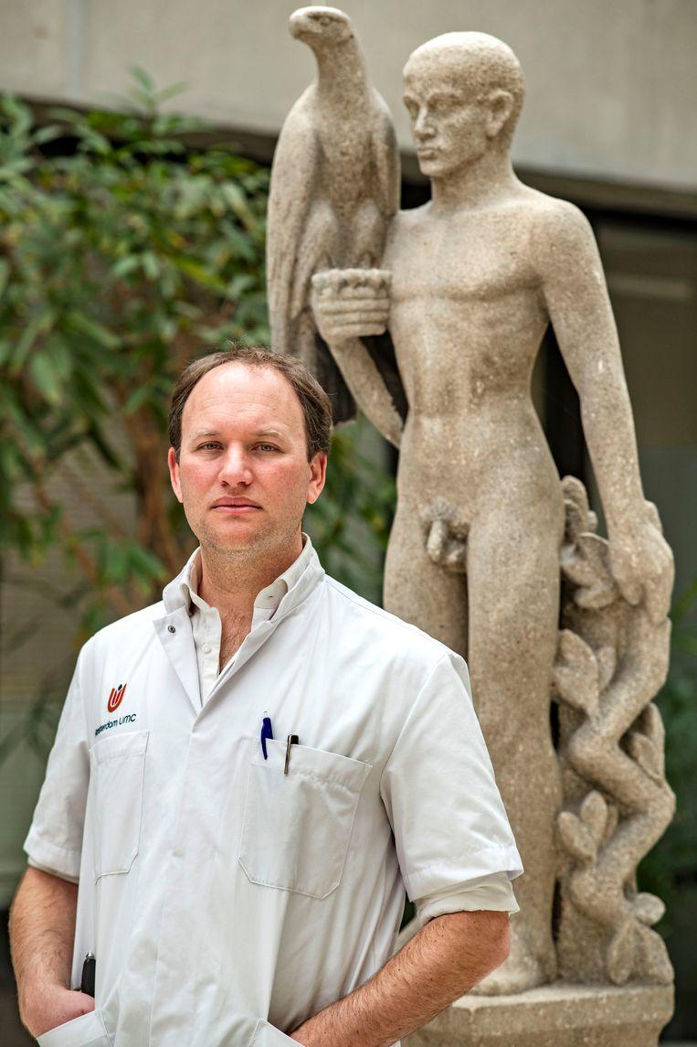 Jonathan Coutinho: 'Veel trombose-experts die nu van zich laten horen zijn internisten. Zij behandelen geen patiënten met deze ziekte. En daardoor onderschatten ze de situatie, denk ik.' Beeld Guus Dubbelman / de Volkskrant
